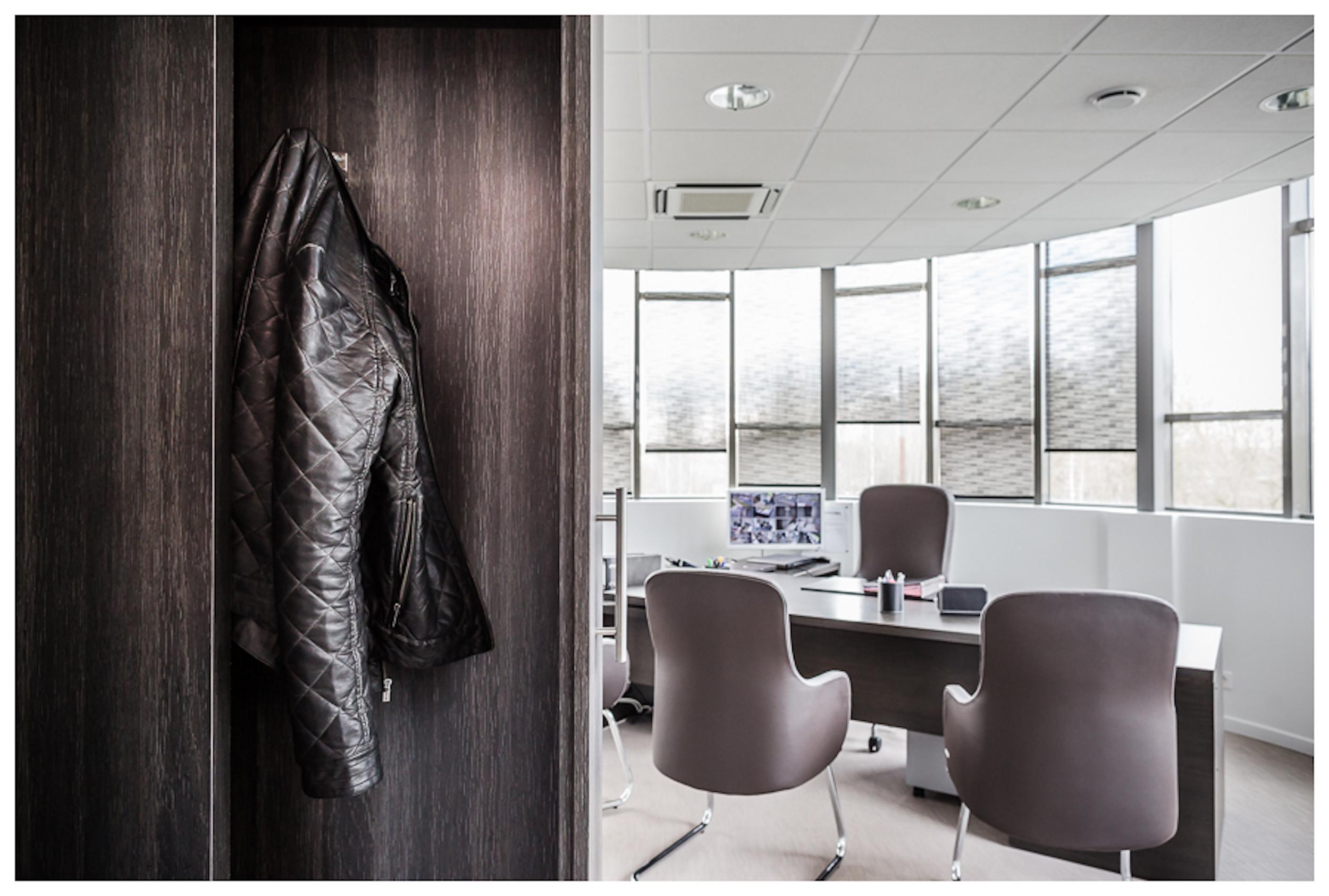 Renovation-bureaux-entreprise-bussy-77-large-4