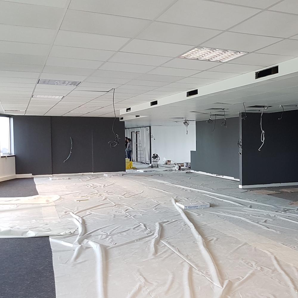 Renovation-decoration-bureaux-entreprise-94-carre-11
