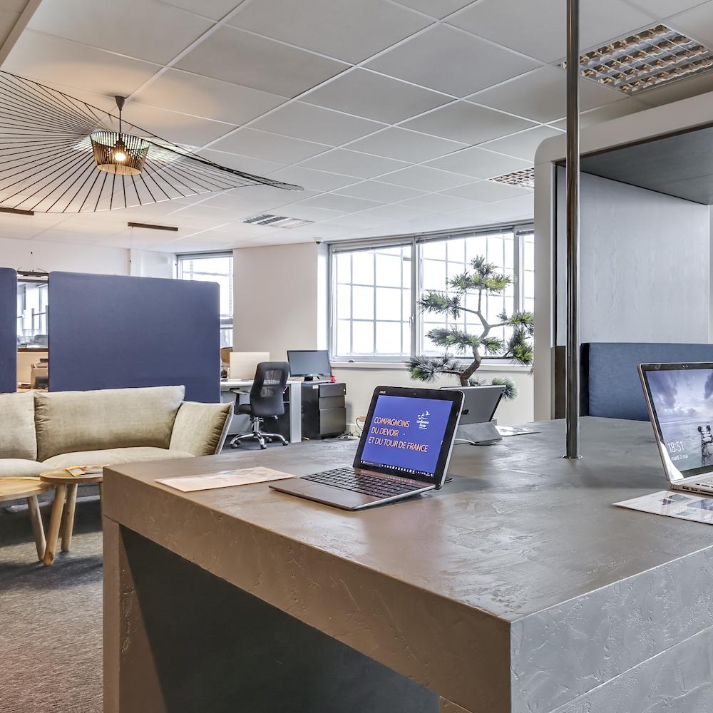 Renovation-decoration-bureaux-entreprise-94-carre-5