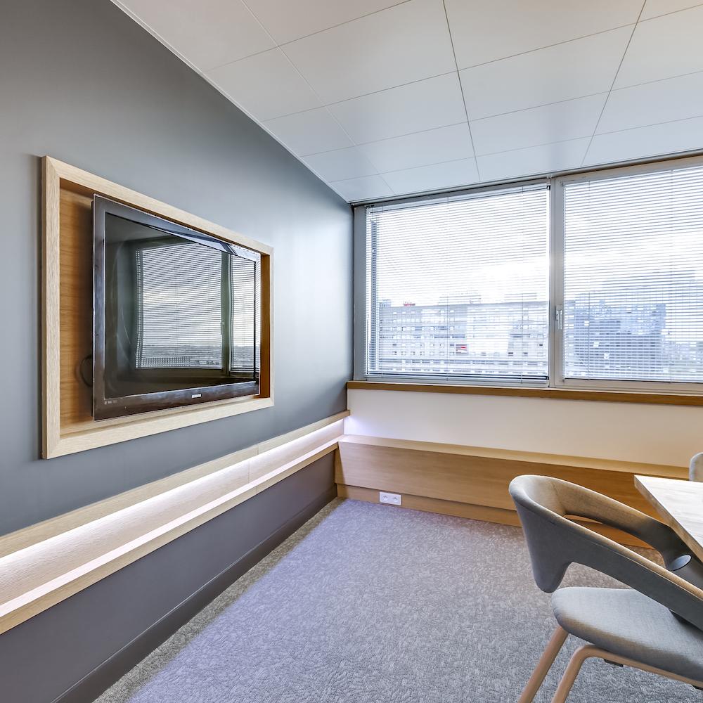 Renovation-decoration-bureaux-entreprise-94-carre-7