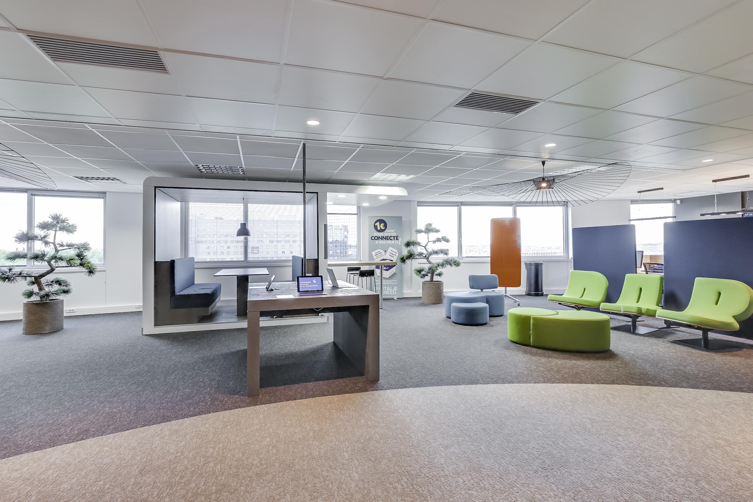 Renovation-decoration-bureaux-entreprise-94-large-5