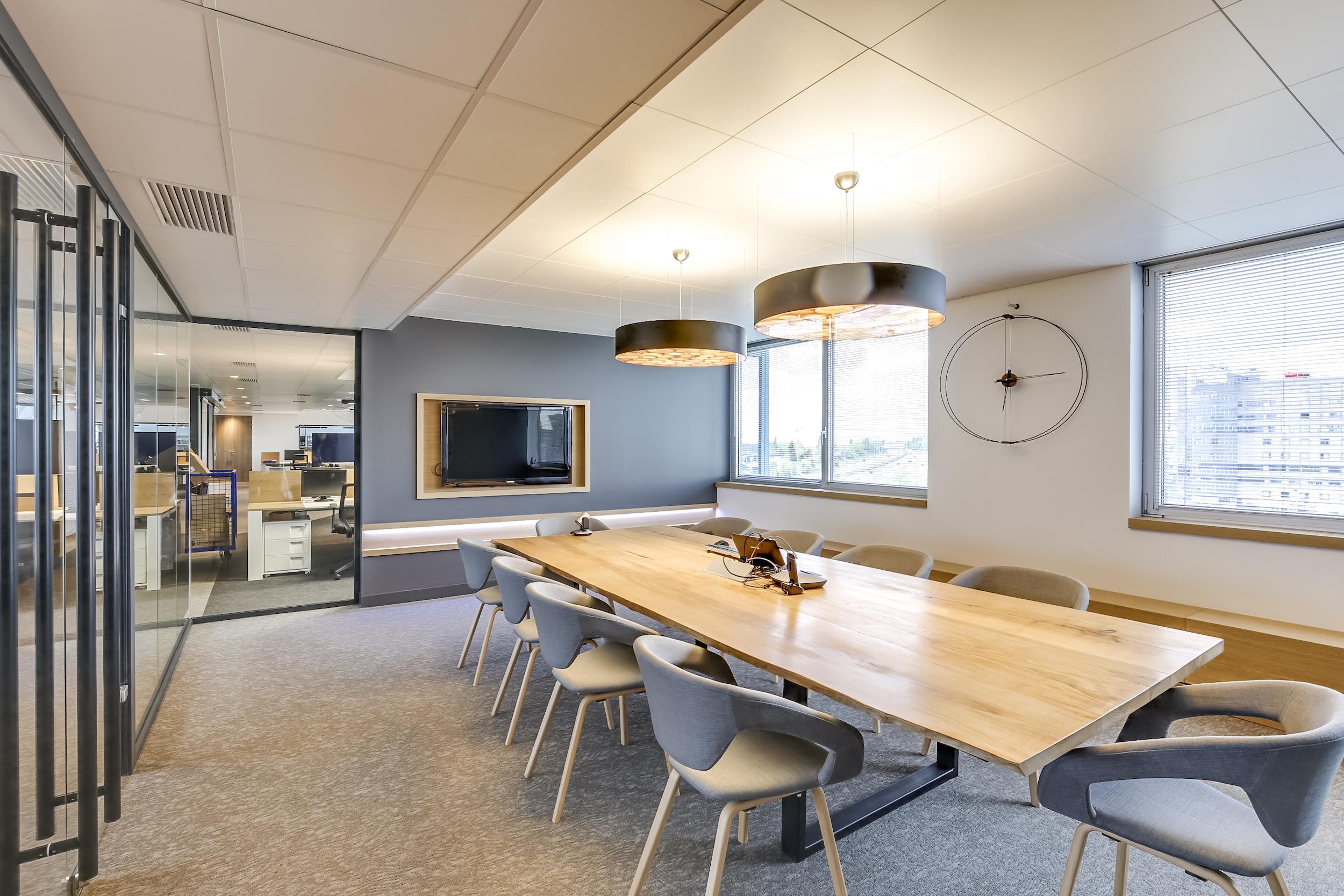 Renovation-decoration-bureaux-entreprise-94-small-1
