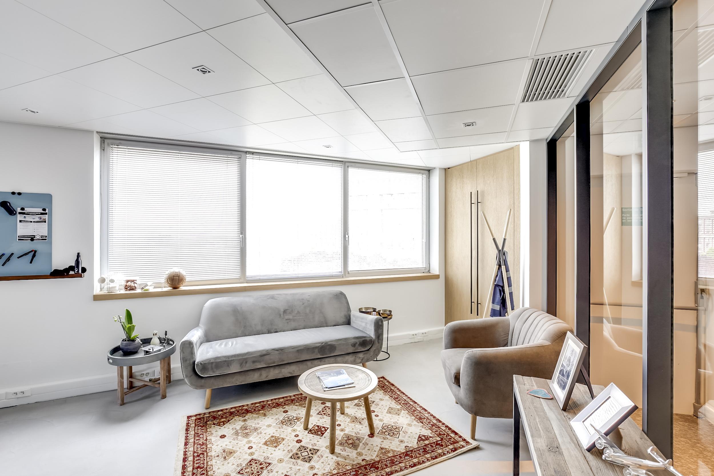 Renovation-decoration-bureaux-entreprise-94-small-4